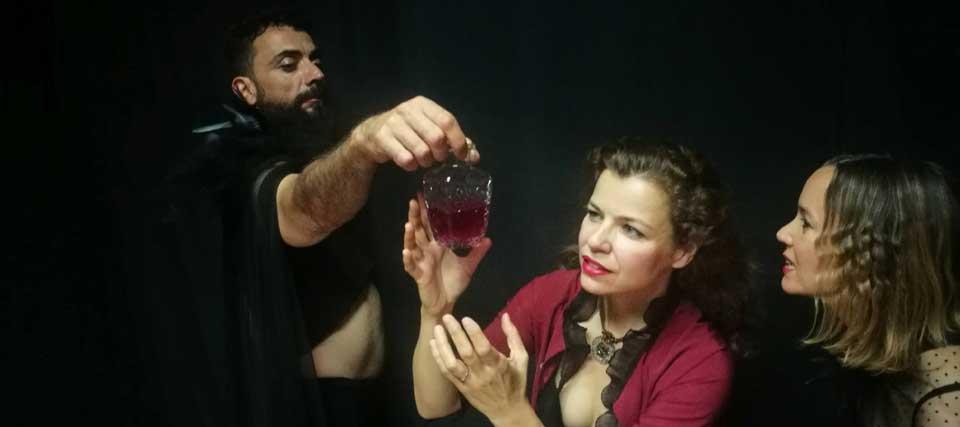 Teatro en Madrid, Umbral de Primavera, Las Brujas de Macbeth