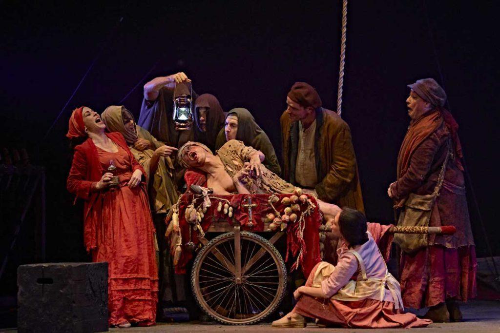 Teatro Madrid, Teatro María Guerrero, Divinas Palabras