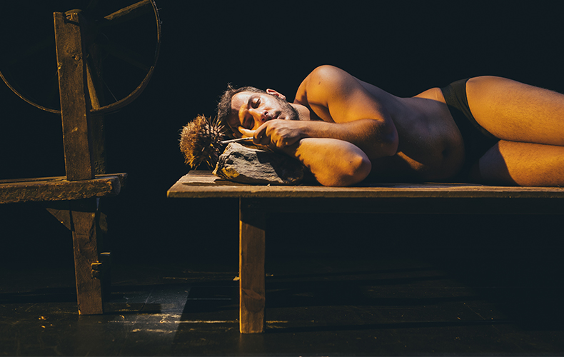 improrrogable-madrid-teatro-valle-inclan-noche-oscura