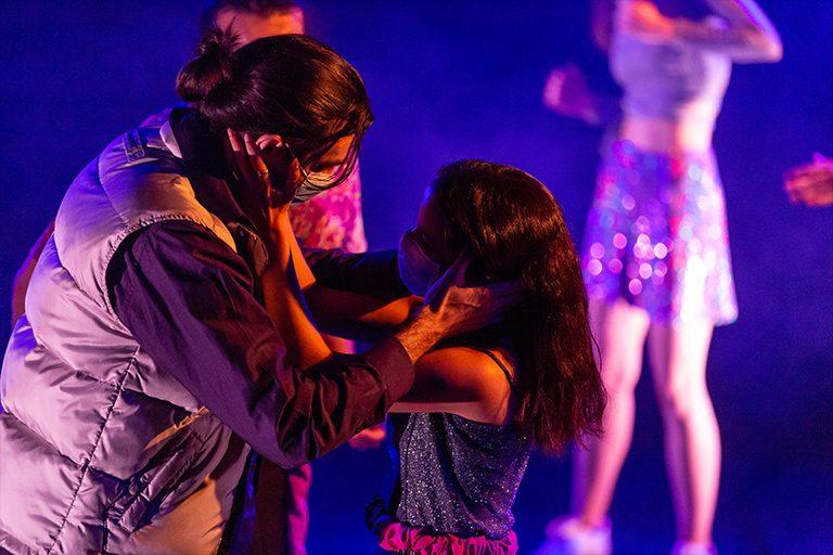 Ballar (es l'unic que) ens salvarà), al Teatre Eòlia. Mostra d'Intèrprets Emergents