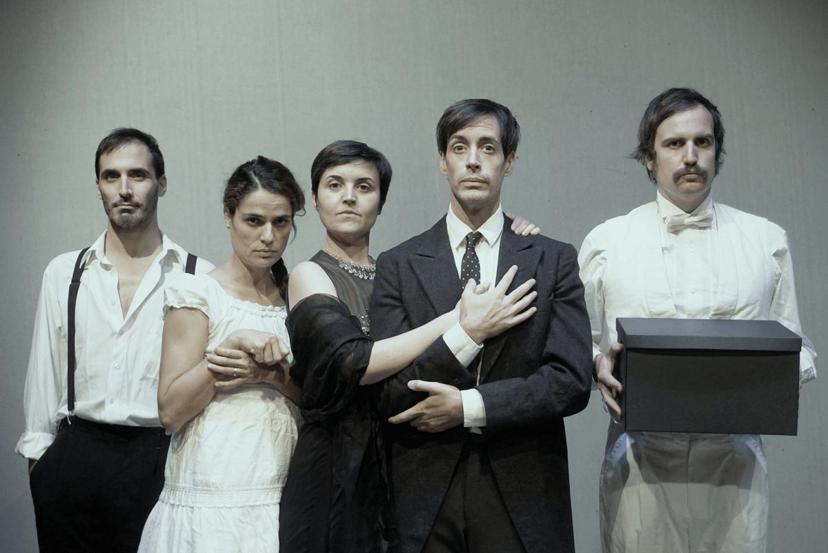 La jove esposa, Teatre Tantarantana