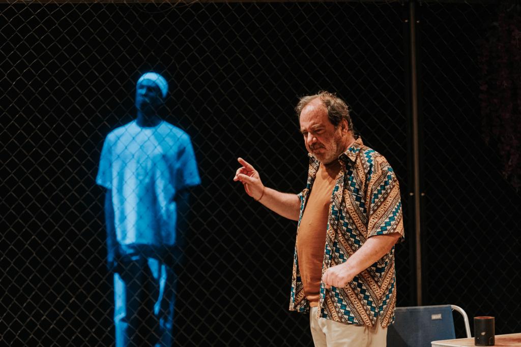 Tantarantana Teatre, Roberto Romei, Combat de negre i de gossos